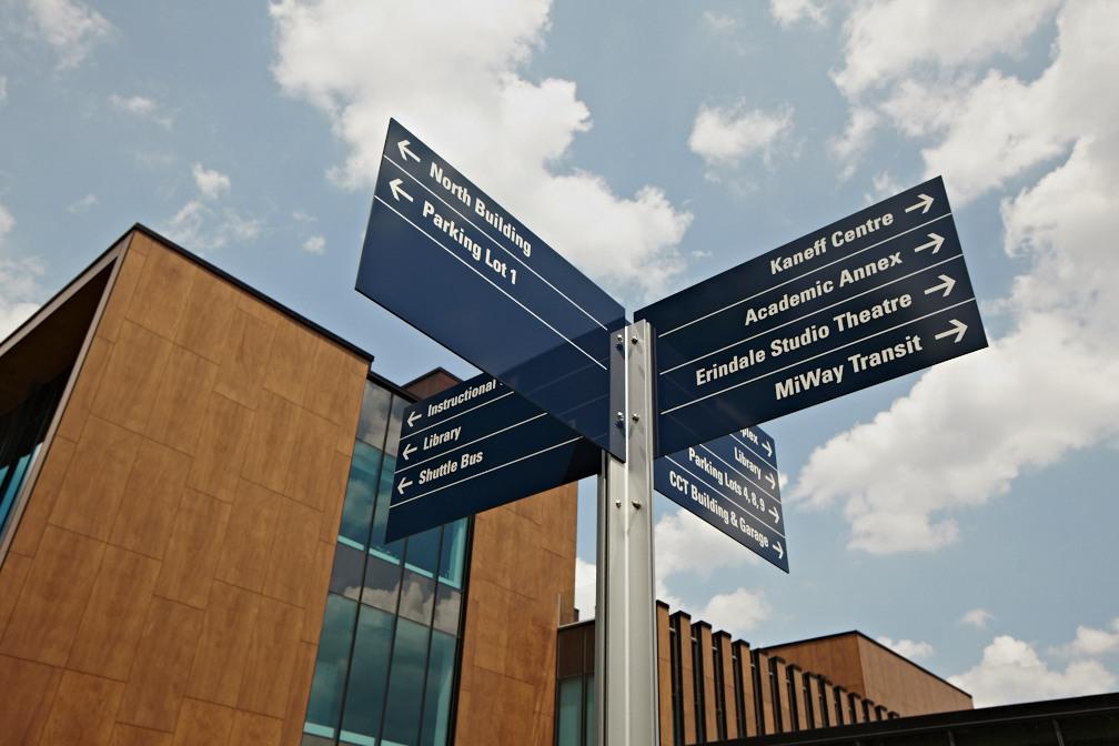UTM directional sign